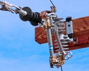 Jack Jumper™ Cutout Bypass Tool